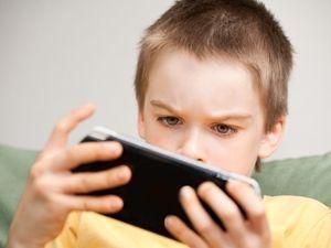 Penting Ini Tips Trik Mencegah Anak Menjadi Korban Cyber Bullying