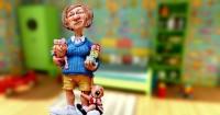 5 Cara Tidak Panik jika Pengasuh Si Kecil Mendadak Resign