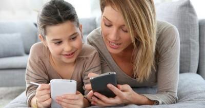 Mama, Ini 4 Cara Membatasi Penggunaan Smartphone Untuk Anak