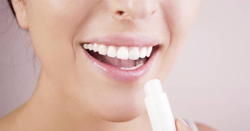 4. Pelembap Bibir