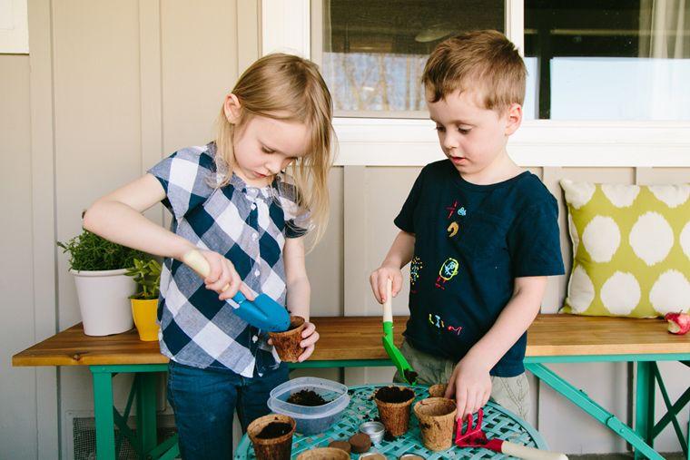 Eksperimen Sains Bisa Dilakukan Anak Rumah