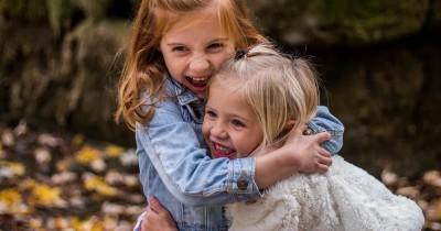 5 Pertimbangan Orang Tua Sebelum Memberikan Anak Nama