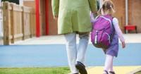 Seru Para Selebritis ini Dampingi Anak Hari Pertama Sekolah