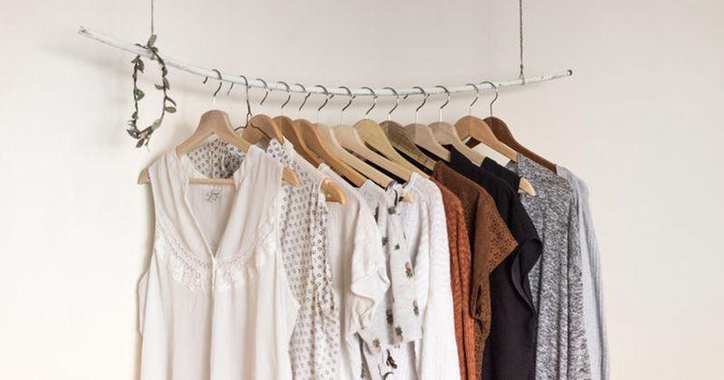 3. Bawa pakaian longgar