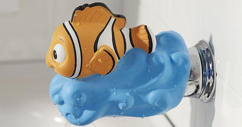 8. Gunakan pelindung kran air