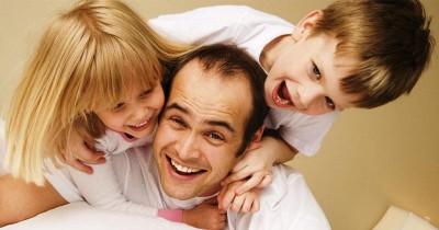 7 Aktivitas Seru Bisa Papa Lakukan Anak Saat DirumahAja