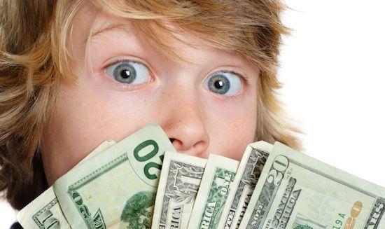 5 Tips Bijak Terapkan Uang Saku Mingguan Anak