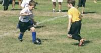 6 Cara Mengajari Anak Menerima Kekalahan