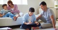 Kunci Sukses Orangtua dalam Mengasuh Anak di Era Digital