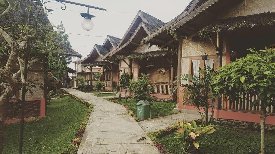 4. Saung Gawir