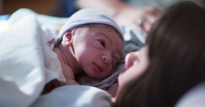 6. Perawatan pertama bayi