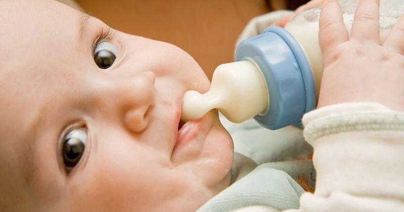 Tips Cegah Bayi Menggigit Puting