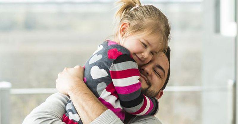 3. Sebagai sosok pelindung anak