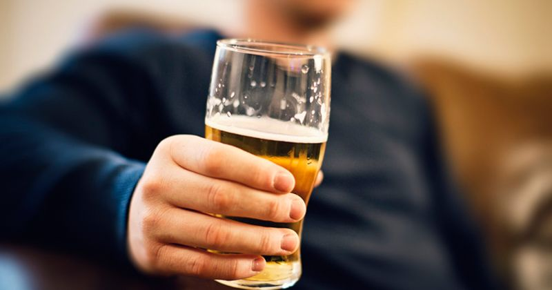 3. Kecanduan alkohol