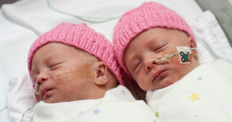 12. Kebanyakan, bayi kembar lahir prematur