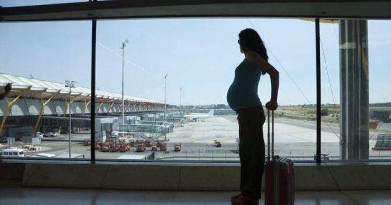2. Kapan ibu hamil diperbolehkan naik pesawat