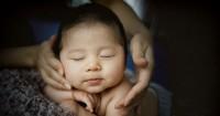 7 Minyak Esensial Aman Digunakan Pijat Bayi