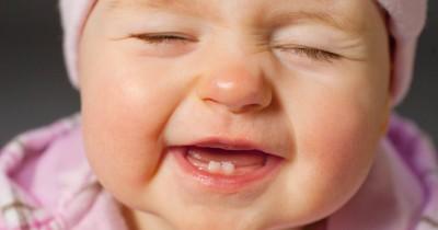 Ini Lho, Fase Tumbuh Gigi pada Bayi yang Perlu Mama Ketahui
