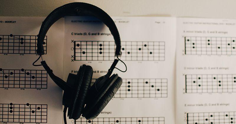 8. Musik bikin tenang