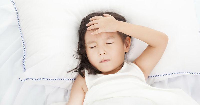 1.Gejala kejang demam anak