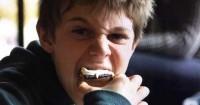 Waspada Ini 4 Bahaya Anak Dalam Makanan Cepat Saji