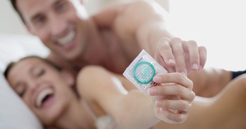 1.Metode Barrier (kondom)
