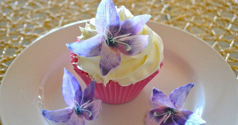 17. Bunga lily