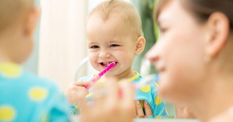4. Membuang busa pasta gigi