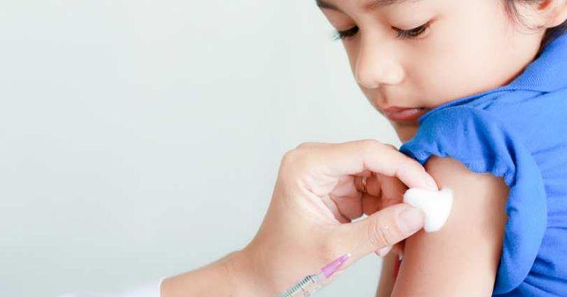 4. Berikan vaksin imunisasi
