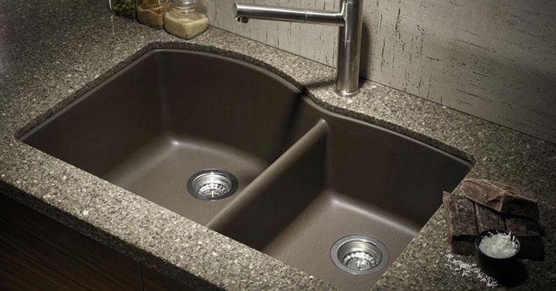 9. Membiarkan kitchen sink kotor