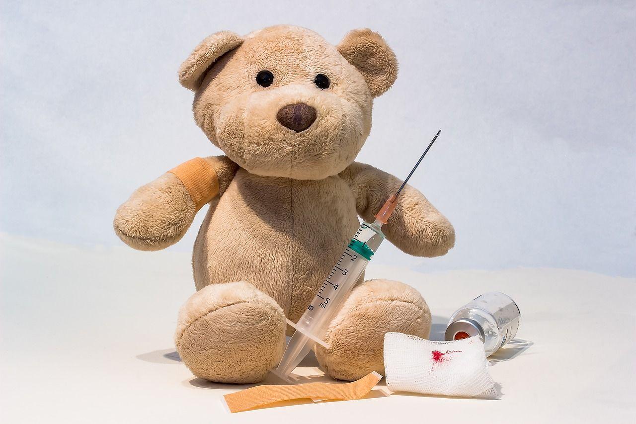 Mitos 5 Vaksin mengandung babi