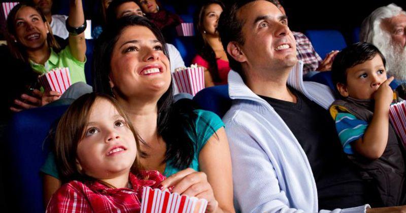 Tips Menjaga Quality Time Saat Mengajak Anak Nonton Film Bioskop
