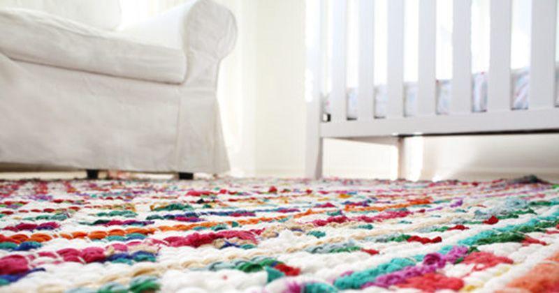 11. Karpet kecil
