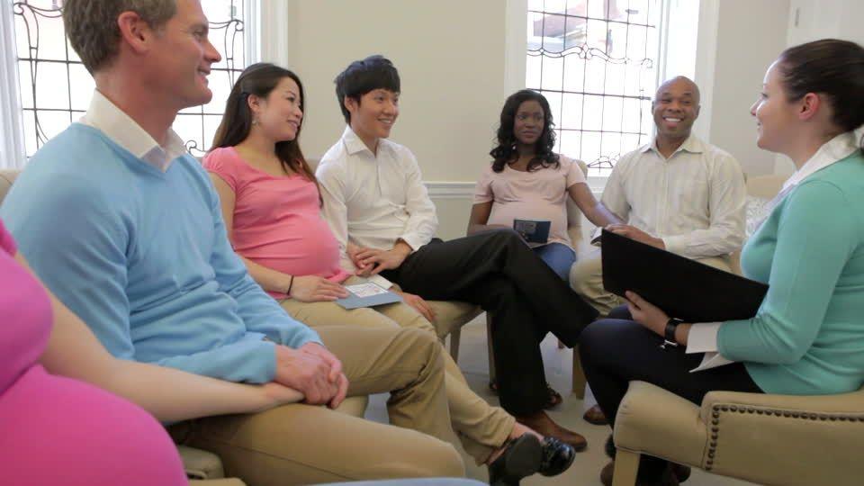 1. Menghadiri kelas kehamilan
