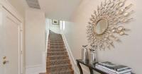 2. Cermin lorong berfungsi menetralisir energi negatif dari tangga