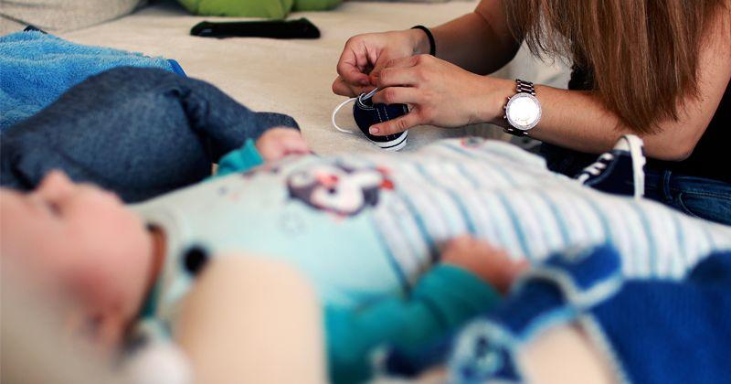 Kehidupan Orangtua Mencari Pengasuh Bayi