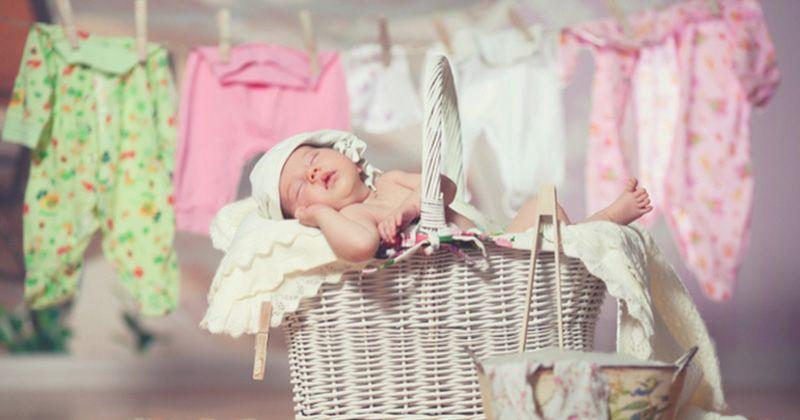 1. Noda pakaian bayi