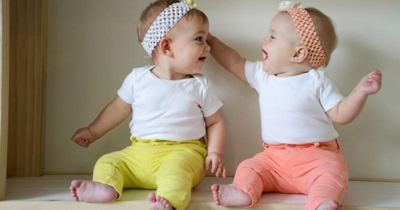 Hasil gambar untuk popmama.com anak kembar