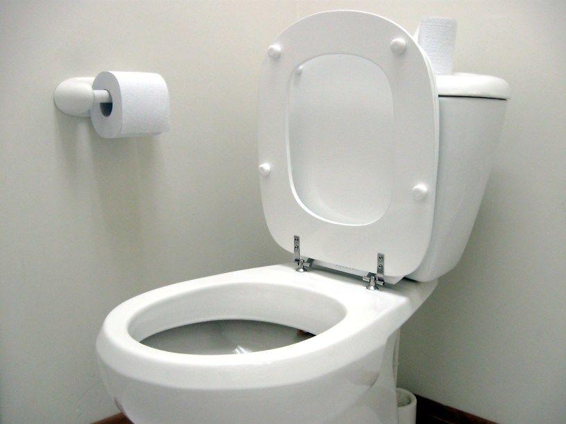 2. Mampet WC