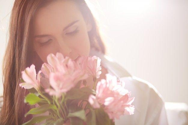 1. Mencium aroma wewangian segar