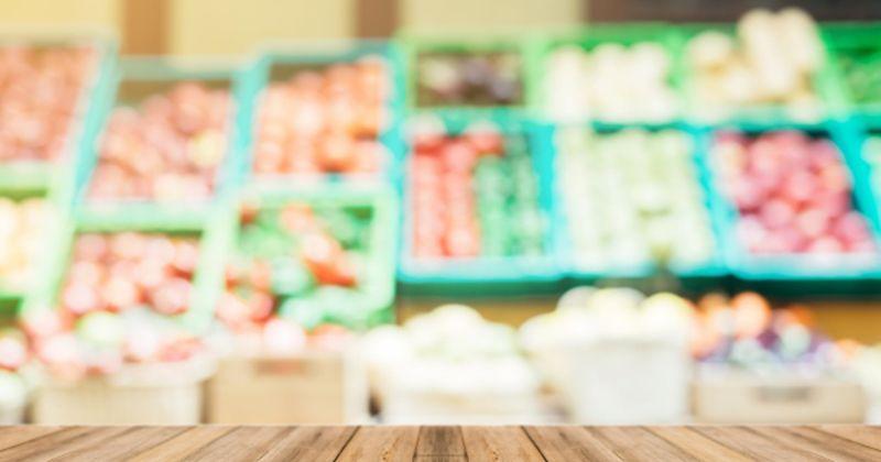 1. Pilih local food