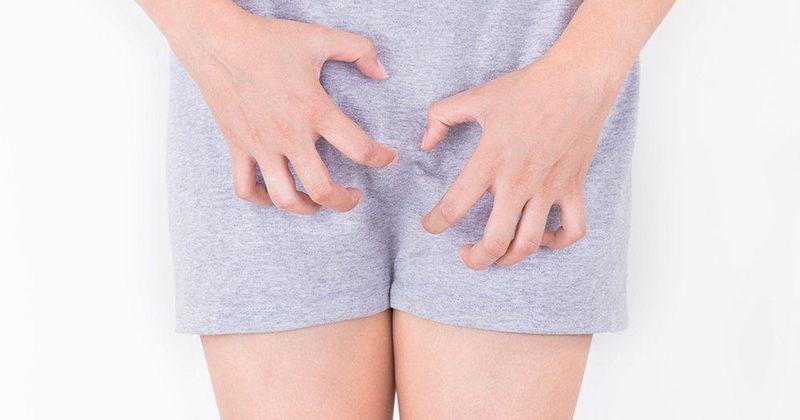 1. Mengapa perempuan akan mengalami keputihan setelah waxing