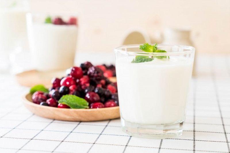 4.Konsumsi yogurt