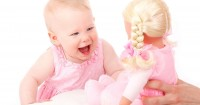 Daftar Nama Bayi Perempuan Memberi Kesan Glamor
