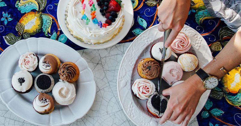 6. Sesuaikan makanan pesta usia anak