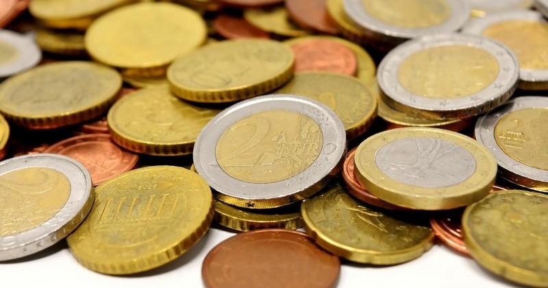 Mitos Menempelkan Koin Sembuhkan Pusar Bodong Popmama Com