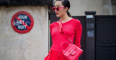 Ciptakan Nuansa Imlek dengan 7 Fashion Item Berwarna Merah