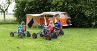7 Hal Harus Mama Perhatikan Saat Camping bersama si Kecil