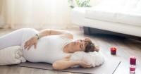 2. Tidur miring ke kiri lebih bagus kehamilan
