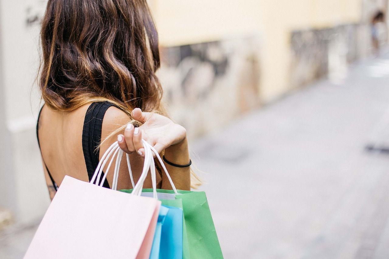 5. Jika ingin pas, belanja mencoba miniset toko